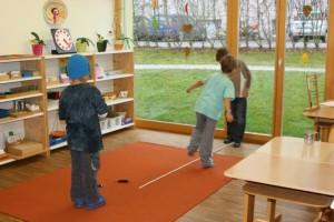 Montessori Schule March Primarstufe - Gruppenarbeit